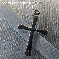 This Cross sterling silver of Neus shop enlarge a closer look