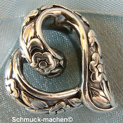 This Silver Front heart of Neus shop enlarge a closer look
