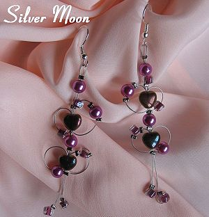 This purple heart earrings Neus Shop enlarge closer look